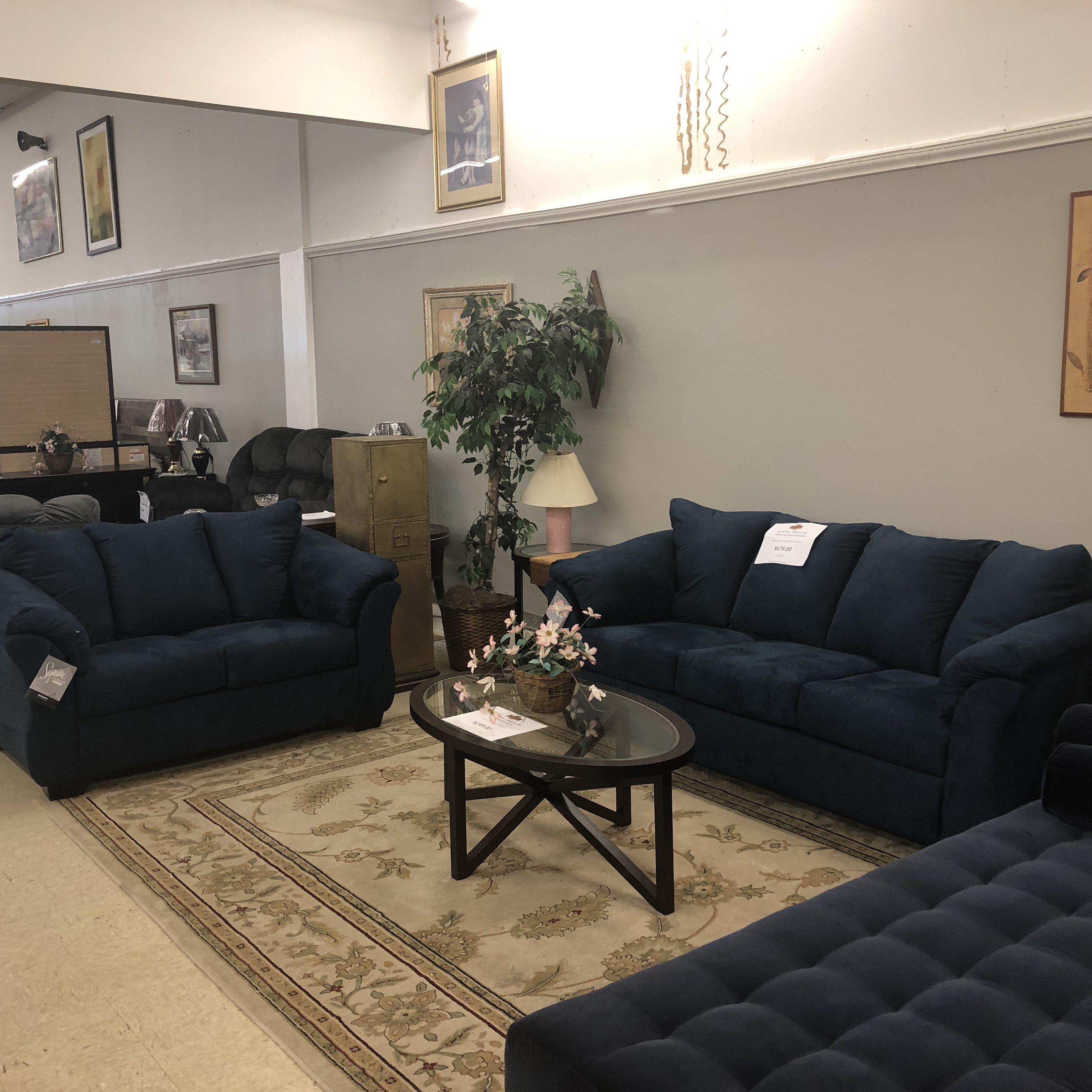 Ashley Furniture Brands: New Furniture : BRAND NEW! Ashley Darcy Sofa And Loveseat